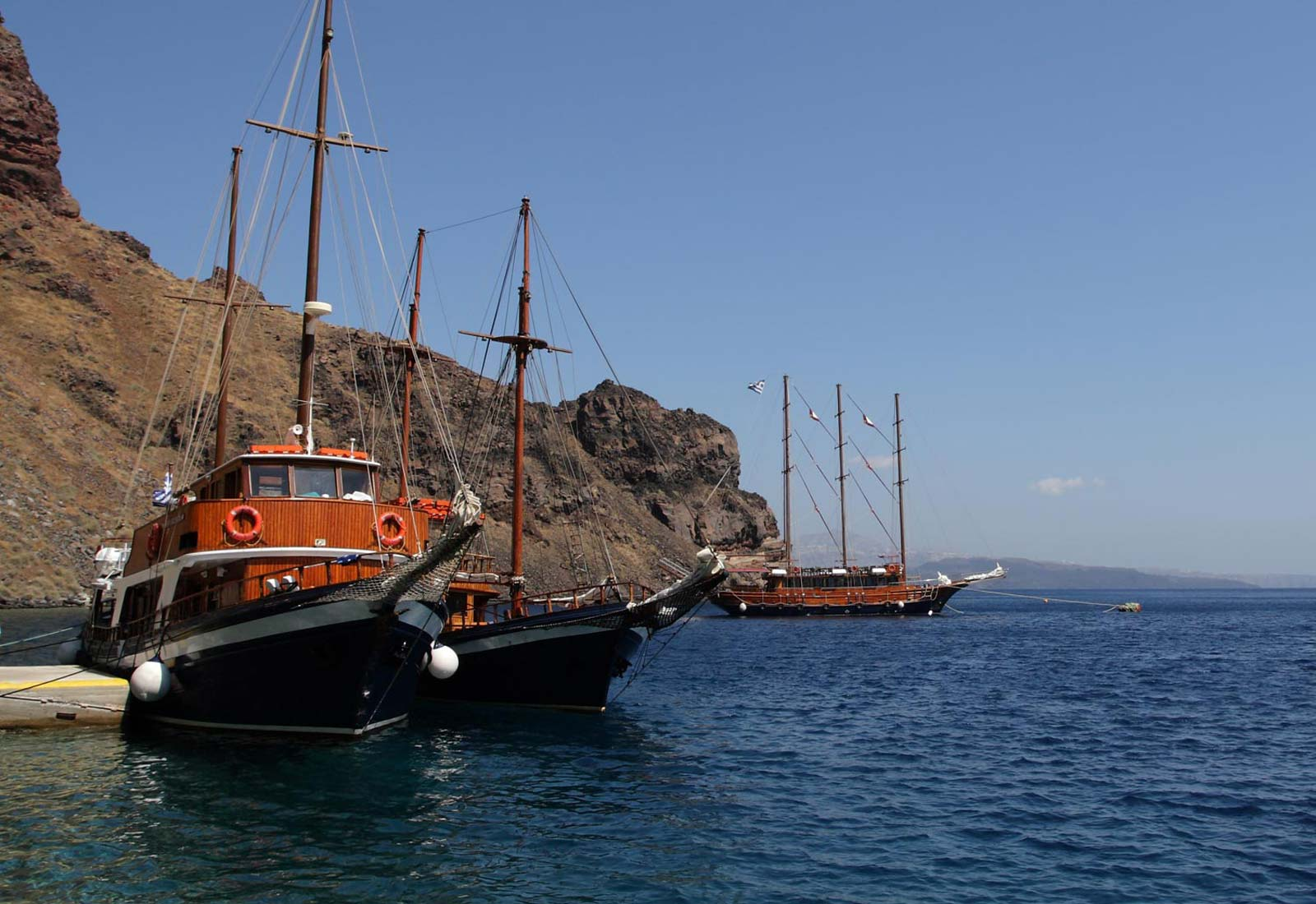 Traditional boat tours