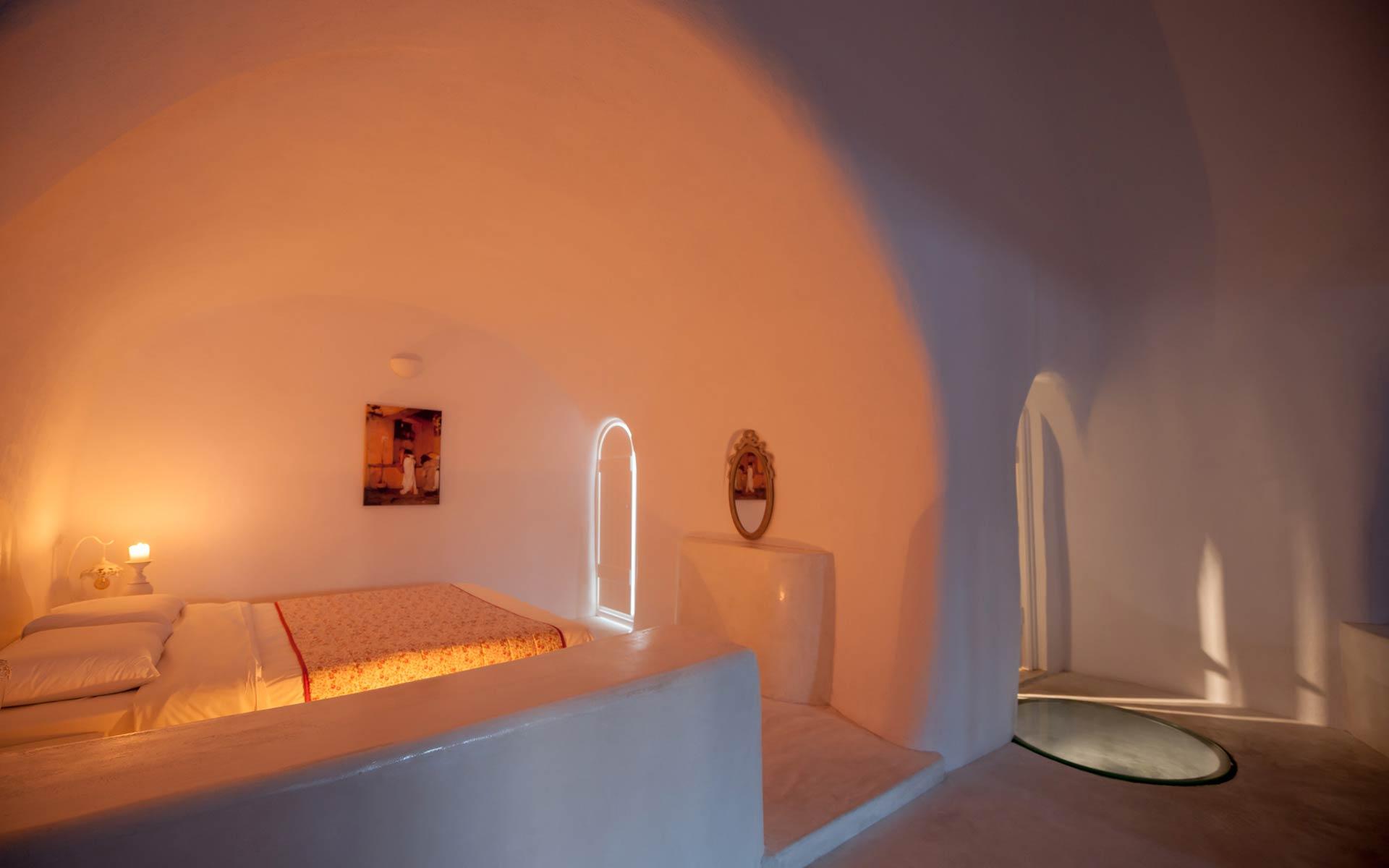 Master Cave Suite