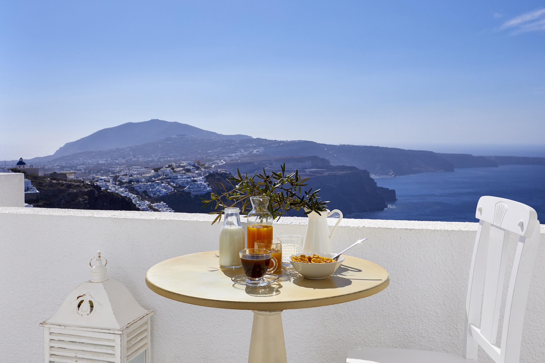 Elegant Balcony         With  Caldera View